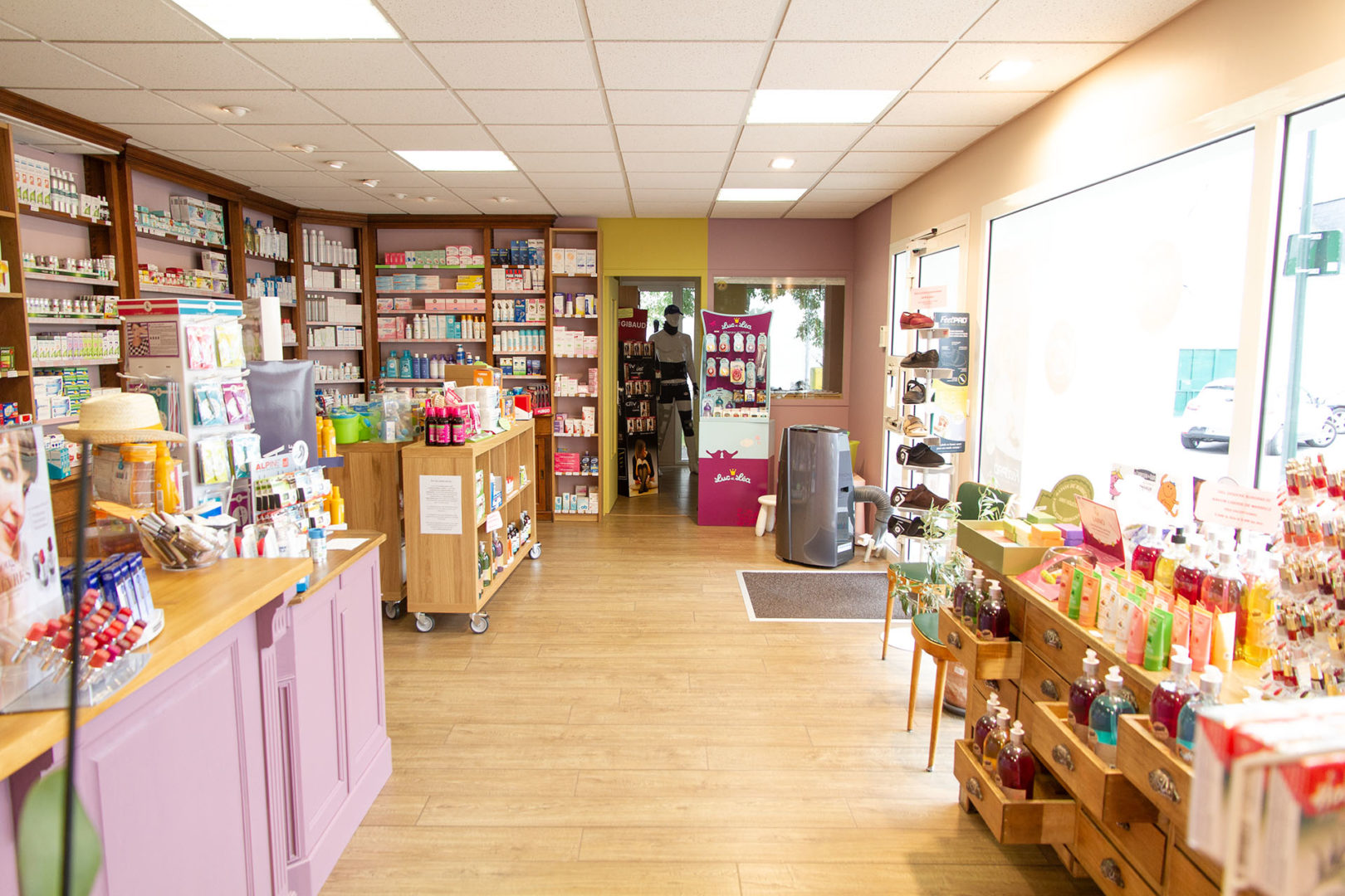 Rénovation d'une pharmacie - La Fabrique Geneviève Naudin